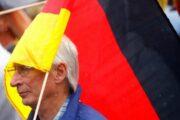 Жители Германии благодаря пандемии накопили почти €400млрд